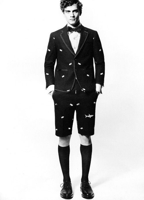 THOM BROWNE. Under the sea.