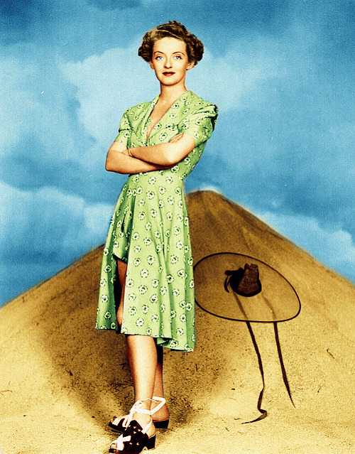 completelyunproductive:   Bette Davis being better than you. In front of a sand dune that is clearly real and not constructed on a soundstage. In color!