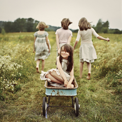 rbrtsn:  This is the childhood I want my daughters to have.