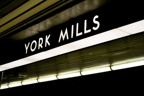 York Mills  - Toronto subway