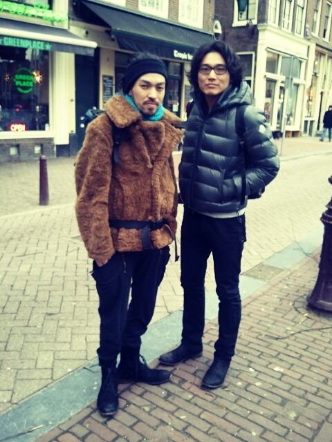 Two guys from Japan, Nieuwmarkt