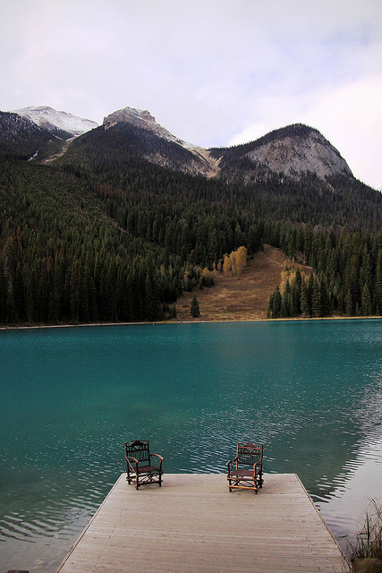 jesseharding:  whitedreamer:  Emerald Lake dock by Shea_Colter.  This, please.   Wow. This looks heavenly.