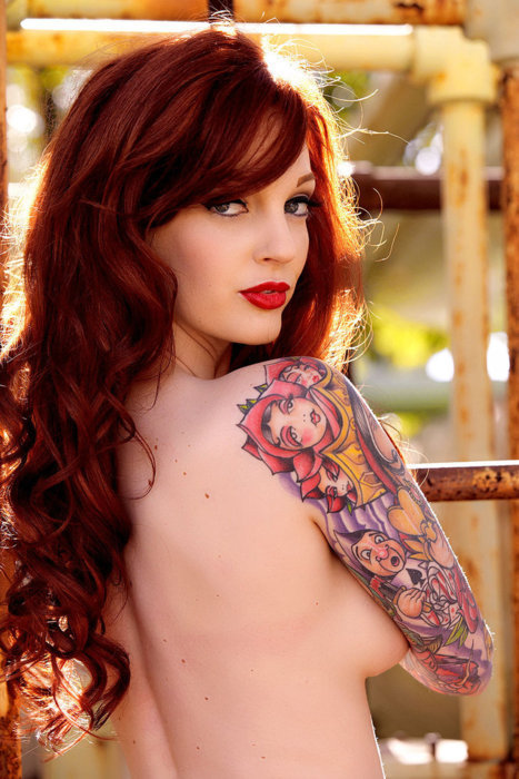 fortheloveofpinupsandtattoos:  Embracing Womanhood on We Heart It. http://weheartit.com/entry/5198001