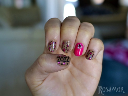 NYE Nails. to go with my dress :)