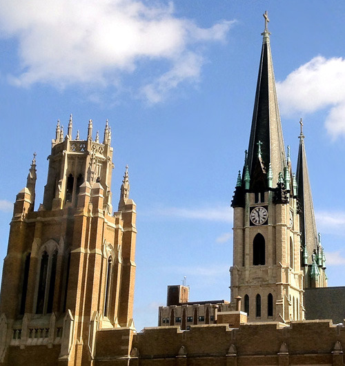 Marquette Campus: A to ZAs much as I love Marquette Hall and Gesu Church, I take photos of these campus landmarks too often. In 2012, I resolve to post a photograph of a different campus building each week, starting with Abbottsford Hall and ending with Zilber Hall. Welcome to Marquette Campus: A to Z.