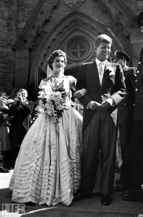 "After a year-long courtship and a three-month engagement, Jacqueline  Bouvier, 24, and Sen. John F. Kennedy, 36, are married on Sept. 12,  1953, at St. Mary's Church in Newport, Rhode Island, in what many regard  as one of the 20th century's true ""fairy tale"" weddings.  Here, LIFE.com  presents a series of photos from that day — most of them rare, a few  of them famous — by LIFE magazine's Lisa Larsen."