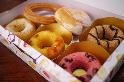 nihon-daisuki:  Yakido (Baked Donuts) by Long Sleeper on Flickr.