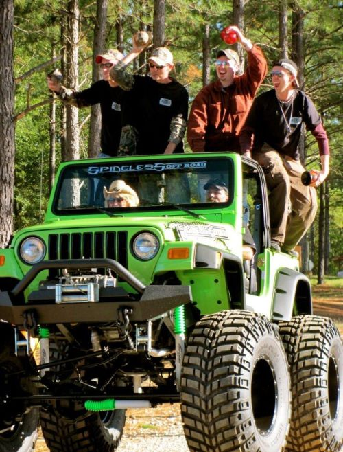 themichigancountryguy:  MUDJUGGING it all day