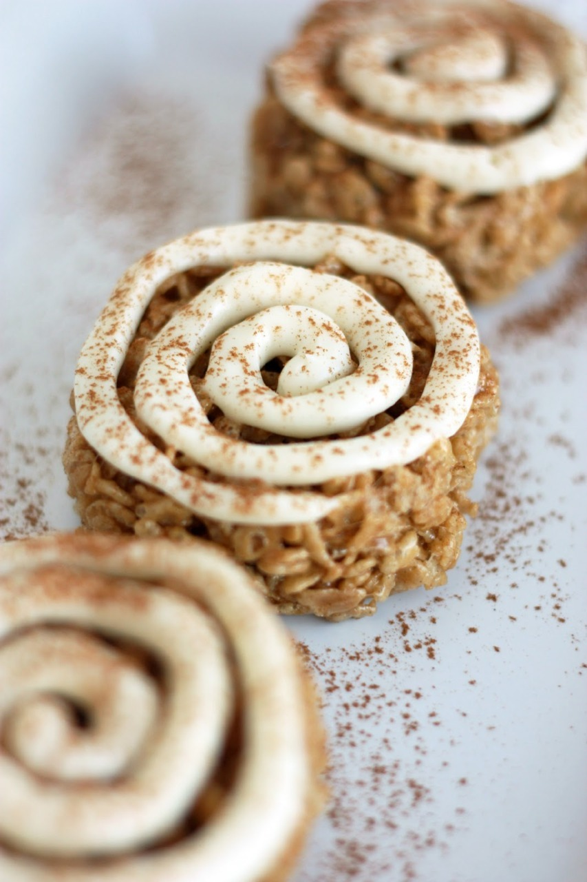cinnamon roll rice krispie treats.