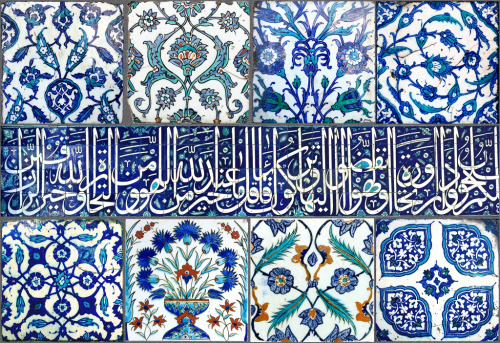 artsofislam:  Tiles from the Topkapi Palace, Istanbul, Turkey