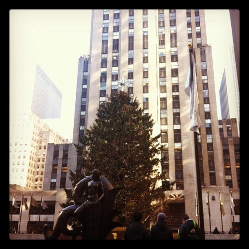 Alec Baldwin where are you? #30Rock (Taken with Instagram at Rockefeller Center)