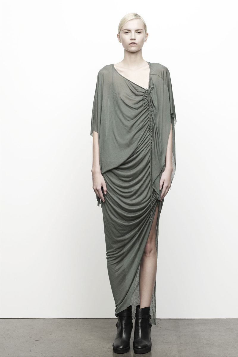 Monochromatic grays, black & whites in HELMUT LANG PRE-FALL 2012/13 WOMEN'S COLLECTION «