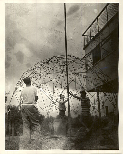 Buckminster Fuller at Black Mountain College, from North Carolina State Archives. There's plenty more photos here. Via Colin Dodd.