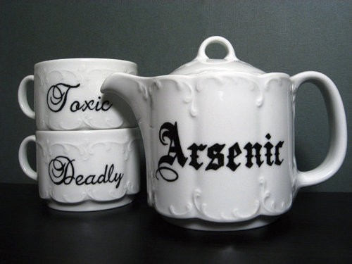 I kinda love teapots.  This one rocks!
