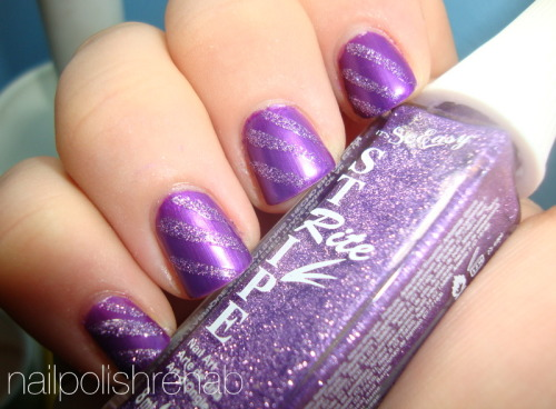 Day 6 - Violet Nails Click the photo/link for more pictures!