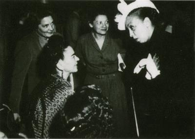 Josephine Baker and Frida Kahlo: so much phenomenal energy in one spot!