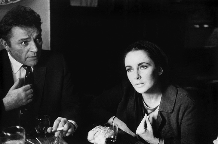 suicideblonde:  Richard Burton and Elizabeth Taylor at the pub in Shepperton, UK (1963) by Eve Arnold