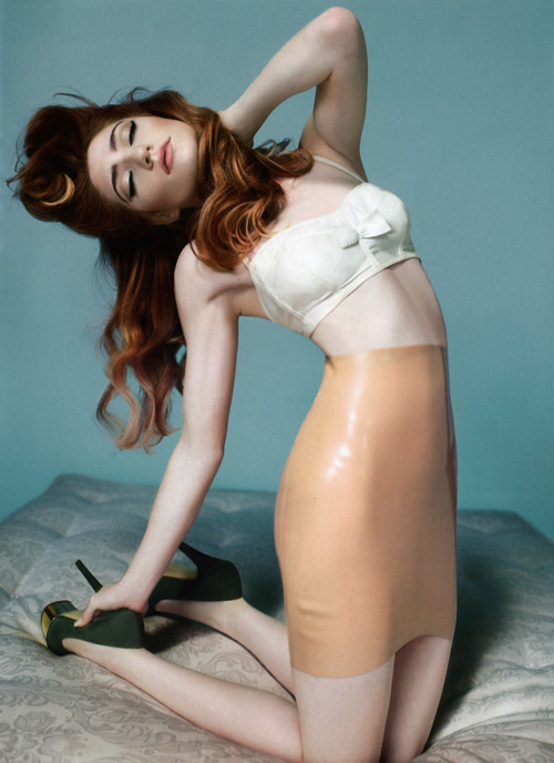 calamityjade:  this is what I want my hair (and body) like  Red heads - drrroooooollll