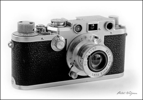 Leica IIIf by Petri_ on Flickr.