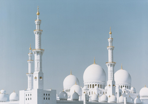 Kingdom Come | Abu Dhabi's white-marble Sheikh Zayed Mosque