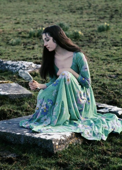 Anjelica Huston during the filming of A Walk with Love & Death (1969, dir. John Huston) (via) Photo by Eve Arnold