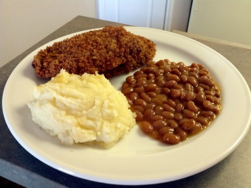 What i cooked today(6 jan 12)   Pork cutlet with naked mashed potatoes and baked bacon beans