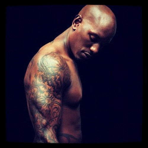 #tyrese #sexualchocolate ;) #np his #iwannagothere album  (Taken with instagram)