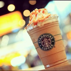 the best creation on earth! 💙 #starbucks #coffee #frapp #frappuccino #caramel #chocolate #ice #shake #drink (Taken with instagram)