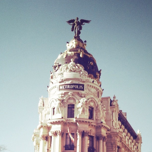 #madrid #arquitecture #street #igerextremadura #photooftheday #fotodeldia #iphonesia  (Taken with instagram)