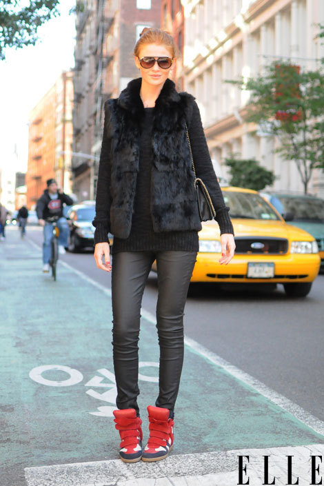 elle:  Winter Street Style  We hit the streets to find out what the stylish crowd is wearing this season. Check out the top winter trends! Photo: Adam Katz Sinding/Le 21ème Arrondissement
