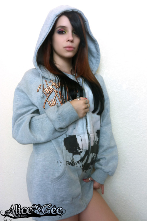 Check out Alice McGee's Pink Floyd hoodie!