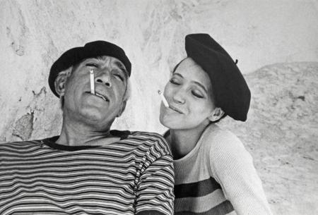 fyeahwomenartists:  Eve ArnoldAnna Karina and Anthony Quinn Amuse Themselves Between Takes During the Filming of 'The Magus', Majorca, 1967  (via ANNA KARINA AND ANTHONY QUINN AMUSE THEMSELVES BETWEEN TAKES DURING THE FILMING OF 'THE MAGUS', MAJORCA, 1967 | Chris Beetles Fine Photographs)