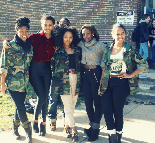 blackfashion:  @stayc14ssy  @legscrossed   @comedipinmypages  @thatniggados