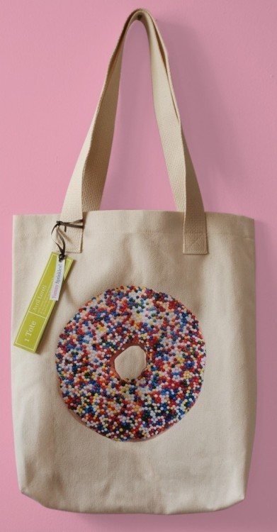 (via Sprinkles Doughnut Tote by avrilloreti on Etsy)