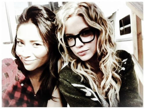 My two favorite characters on Pretty Little Liars; I mostly love Hannah (Ashley) though, even though Emily (Shay) is beautiful.