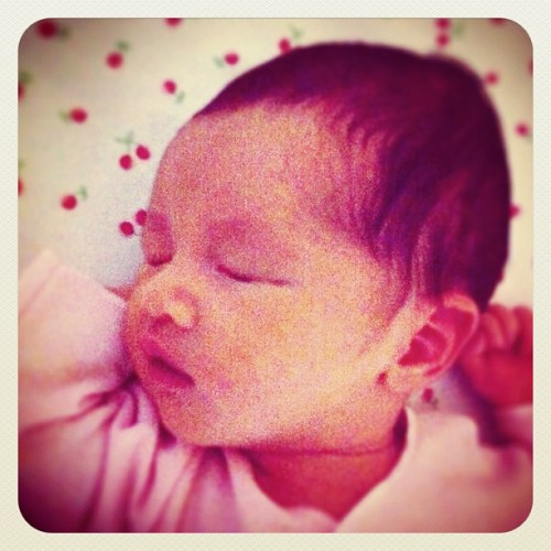 #emmagrace #earlybird #iphonesia #instagram #instago #iphoneography #fatherhood #instadaily # (Taken with instagram)