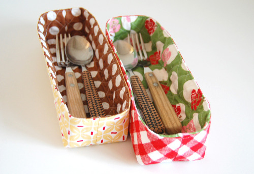 classymissmolassy:  Make fabric baskets.
