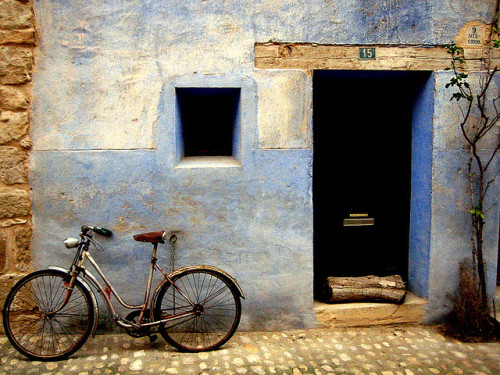 ysvoice:  | ♕ |  Old Bike and Blue House  | by © echiner1