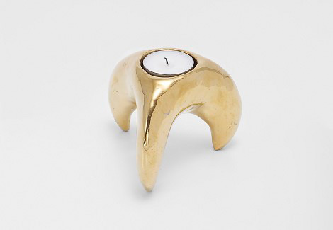 Claw candlestick by Swedish Sofia Nilsson.