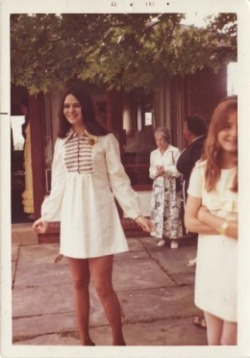 dollsofthe1960s:  Her dress is so Sgt Pepper's Lonely Hearts Club Band meets Sixties doll. Love it.