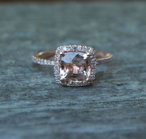I would love to have this ring someday *sigh*
