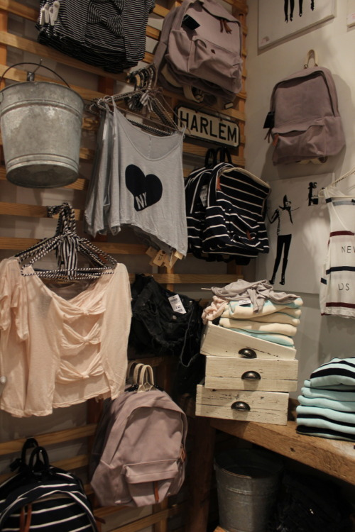 -revive:  brandy melville