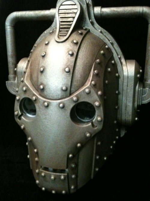 (via Custom Steampunk Doctor Who Cyberman Helmet Dr Who by kyoob)