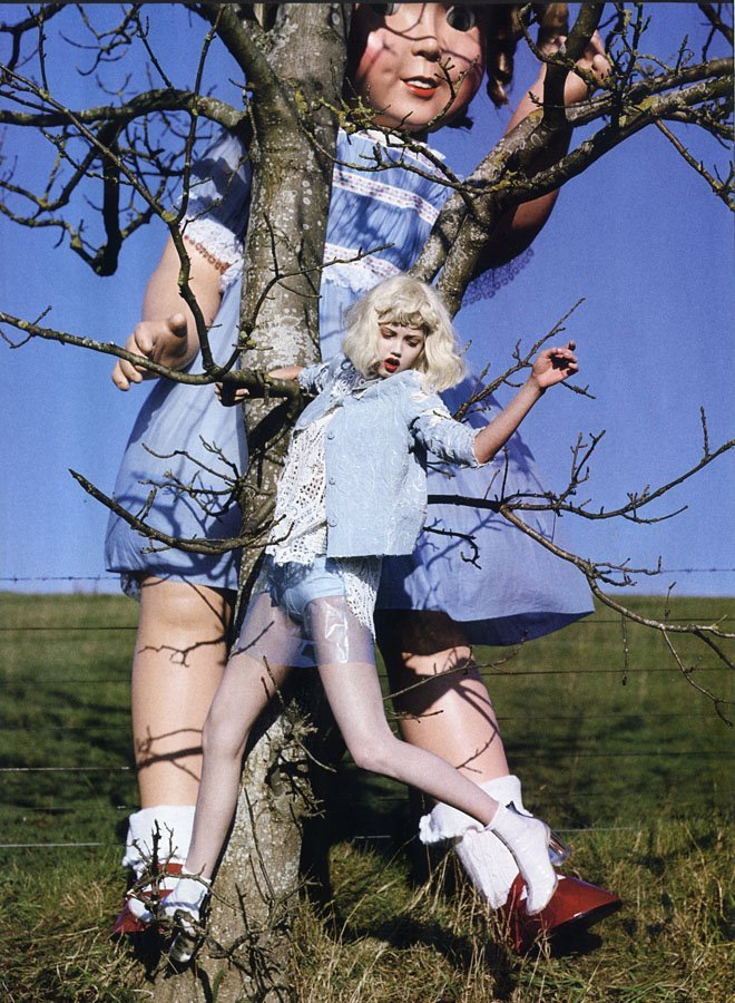 I love Tim Walker, one of my favorite photographers. suicideblonde:  Lindsey Wixson photographed by Tim Walker for Vogue Italia, January 2012