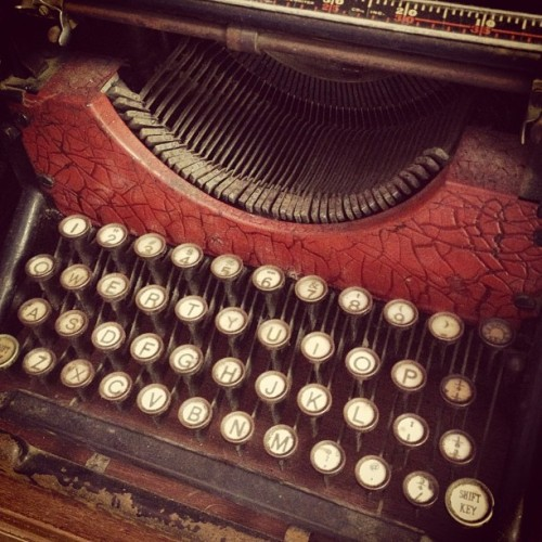 cyclicality:  Barber's antique typewriter.