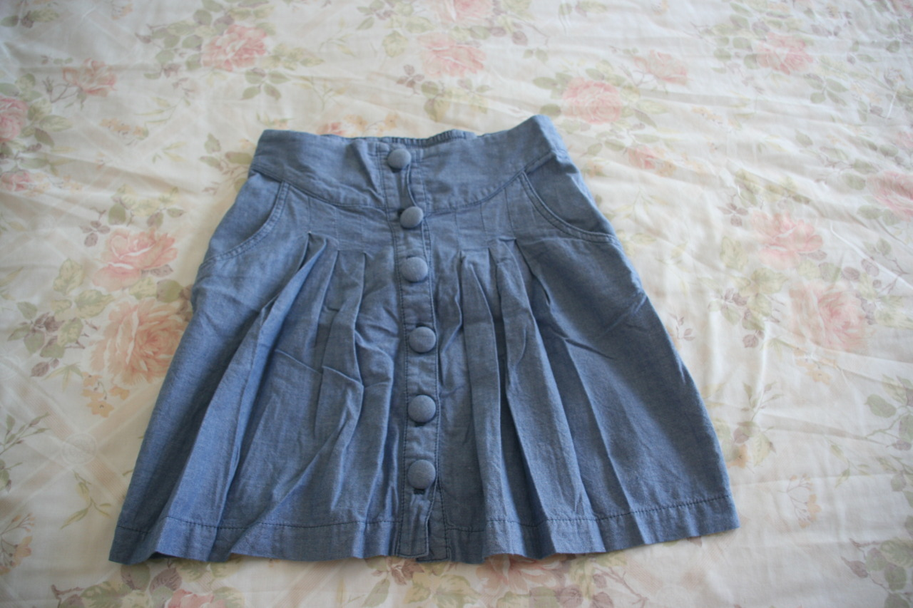 Light Blue Button Up Skirt (ALICE IN EVE) GENERAL PANTS YEAHHHH Size 6  $10 SOLD