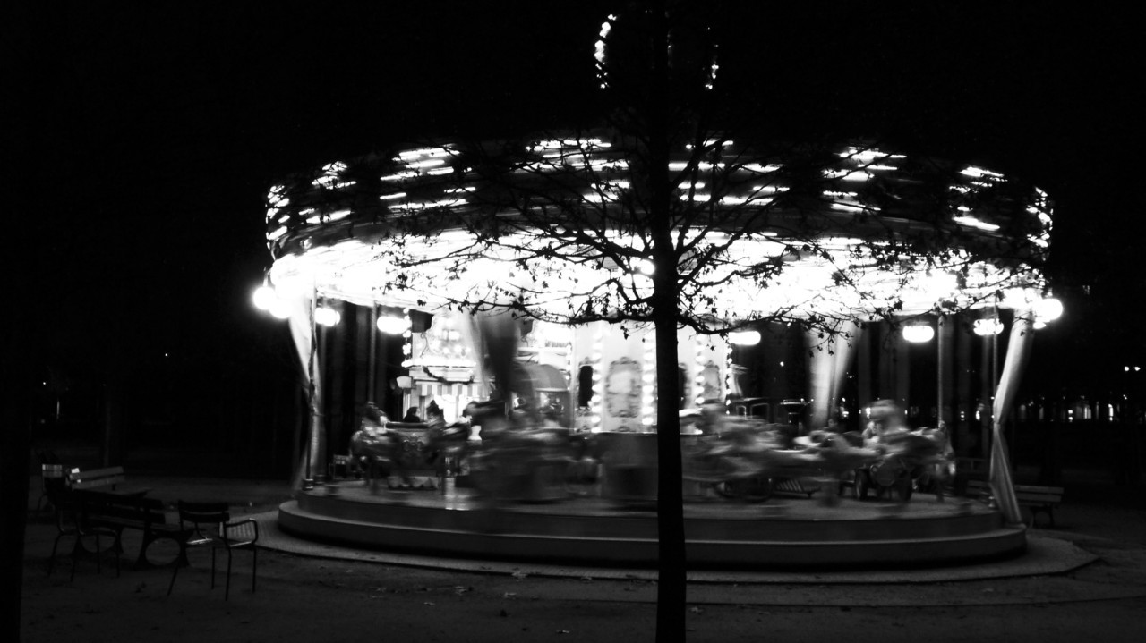 Merry Go RoundJardin des Tuileries, Paris.