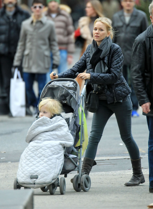 Naomi Watts takes a walk with Samuel Kai Schreiber biting his bunting in stroller in Soho, NYC - 06/01/12