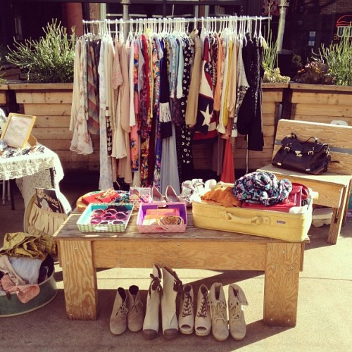 orcchid:   palmist:  peachnaked:  Marketsss   clothes, shoes and accessories, yes please!   lalala