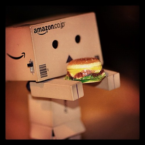 #danbo #danboard #photooftheday #followme #ig #igers #iphone #instagrafie #followme #lovely #danbofan #jj_challenge #jj #jj_forum #popular #popularpage #popularpage #iphoneology #bestpicoftheday #picoftheday #burger #hungry #hunger #eating #statigram #iphoto #iphonesia #instasg #instabru #instago  (Taken with instagram)